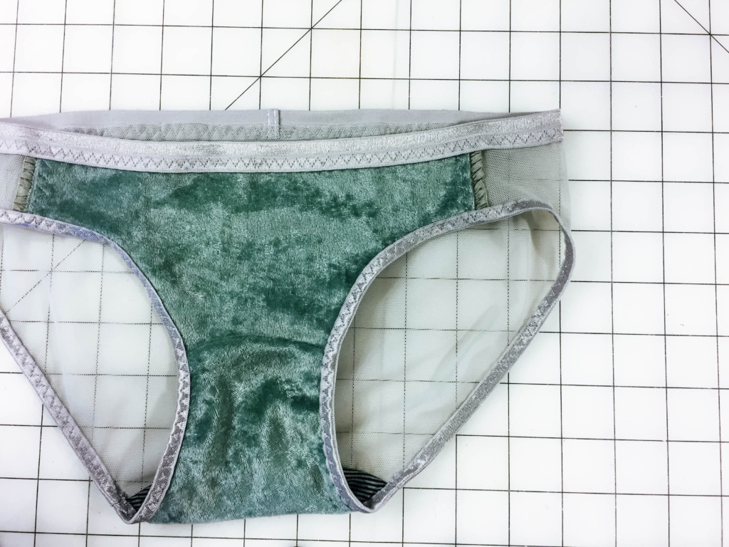 Sewing Lingerie – Tips for Sewing Velvet