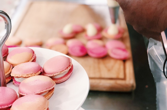 macaron baking class paris france pink blue tea party le foodist sophie hines